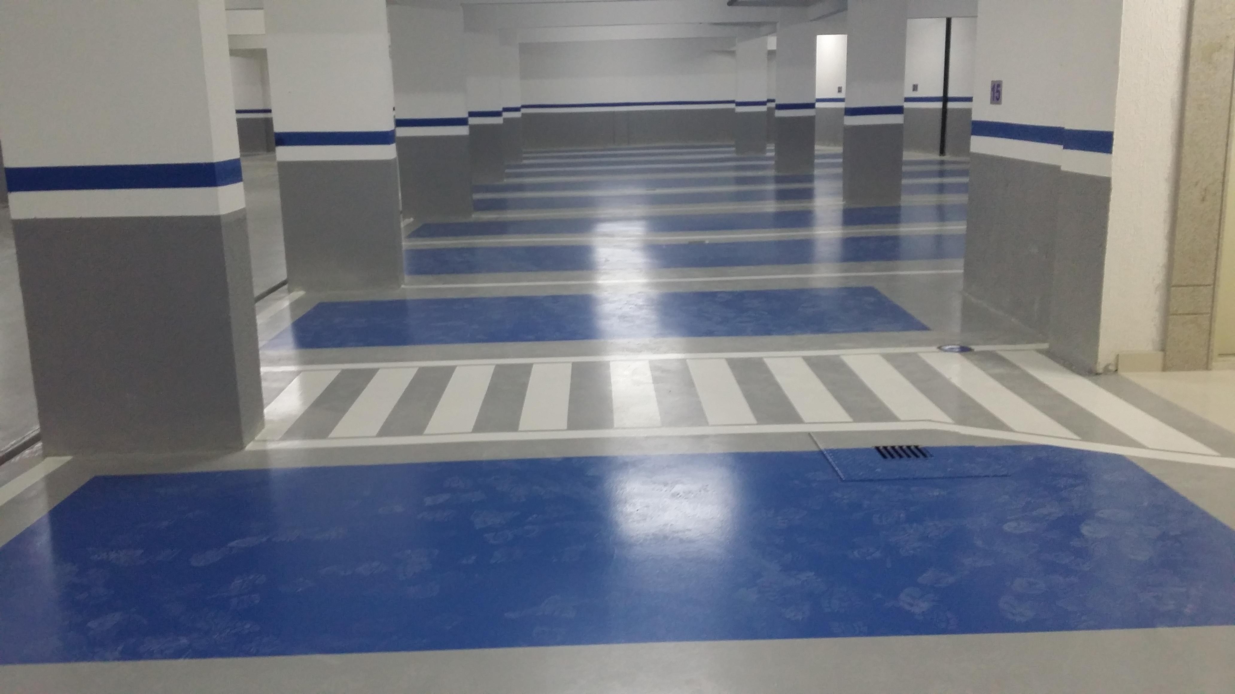 Garagem Ou Estacionamento Piso Zero